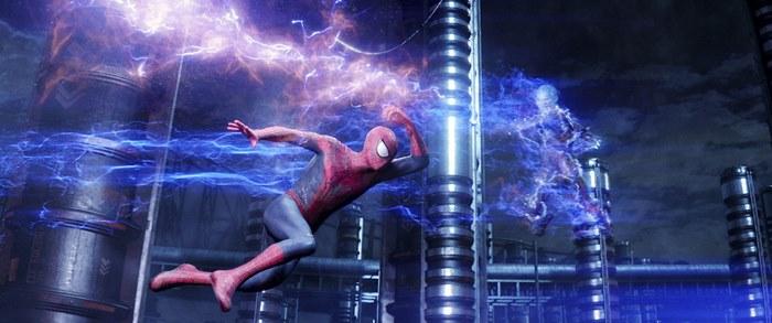 場面写真WEB 【再掲】8/23(土)浦和戦 『アメイジング・スパイダーマン2』とのタイアップ企画実施のお知らせ