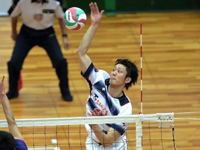 0502 kurowasi 06 第64回黒鷲旗 全日男女選抜バレーボール大会(5月1日~4日)