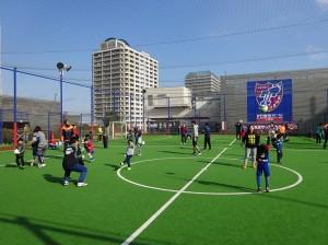 親子フットサル教室 300x224 【再掲】FC東京パーク府中 GW 小学生向けフットサル教室開催について