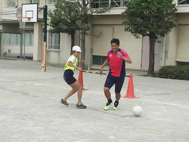 調布2 【報告】FC東京選手会 小学校訪問
